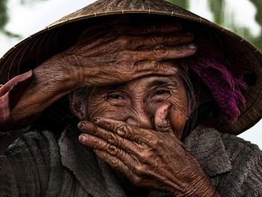 retratos-sonrisas-escondidas-rehahn-vietnam-7