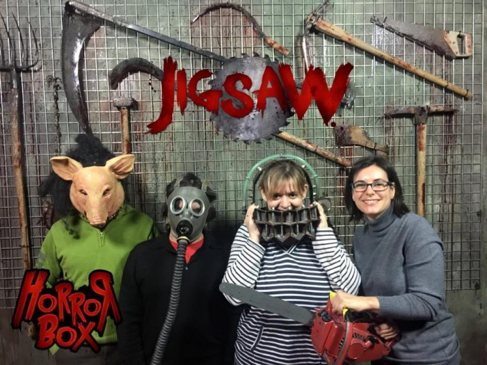 Jigsaw escape room