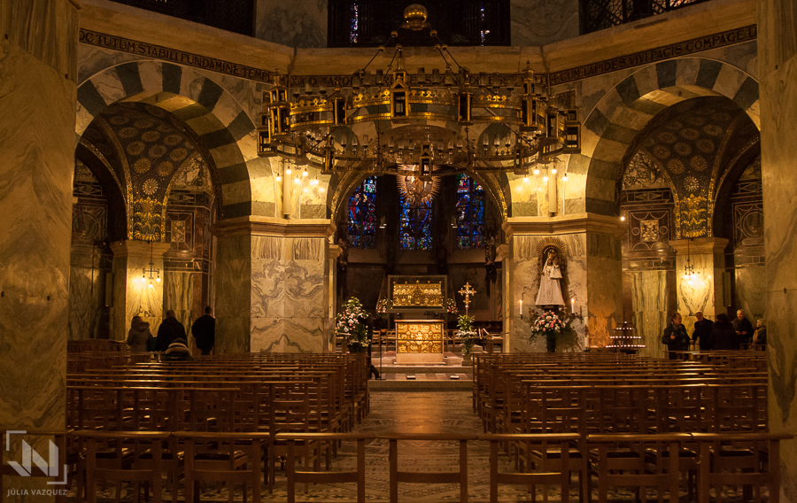 35639f6ca8 Catedral Aquisgrán · Catedral Aquisgrán · Catedral Aquisgrán · Catedral  Aquisgrán ...